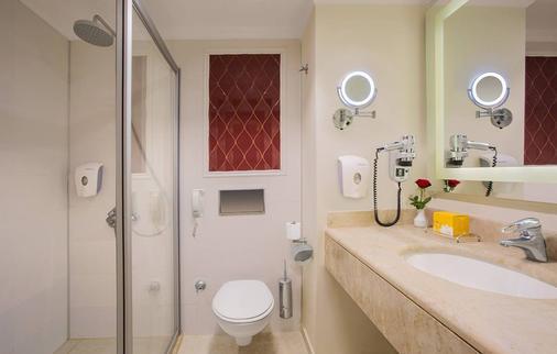 PGS Hotels Kremlin Palace - Antalya - Kylpyhuone