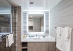 波利尼西亞廣場酒店 - 檀香山 - 檀香山 - 浴室