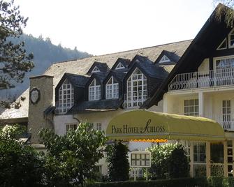 Park Hotel am Schloss - Rieden - Building