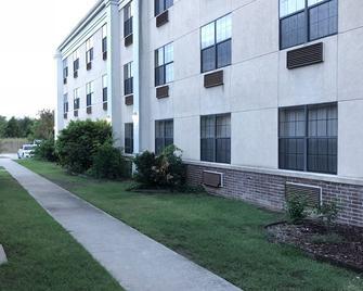Fairbridge Inn & Suites Muskogee, Ok - Muskogee - Gebäude