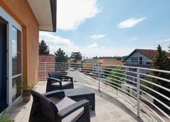 Hotel Tulipan Pruhonice - Pruhonice - Balcony