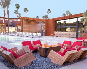 ARRIVE Palm Springs - Palm Springs - Pool