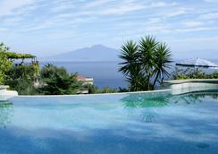 Grand Hotel Capodimonte - Sorrento - Pool