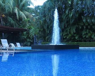 Hotel Coco Palms - Coco - Pool