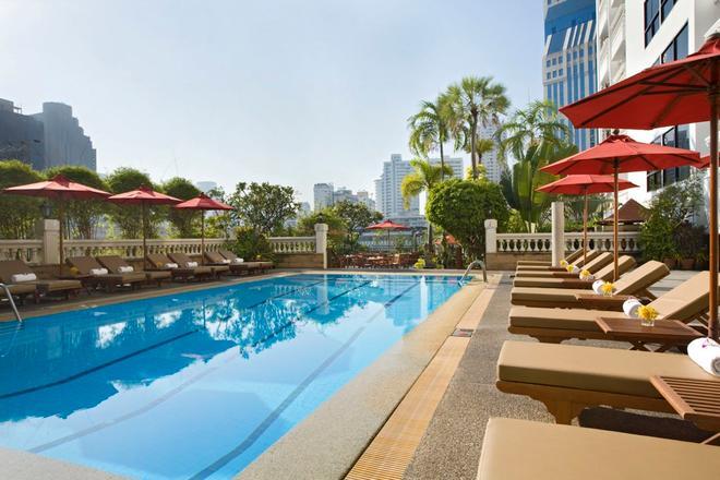 Boulevard Hotel Bangkok Sukhumvit - Bangkok - Pool