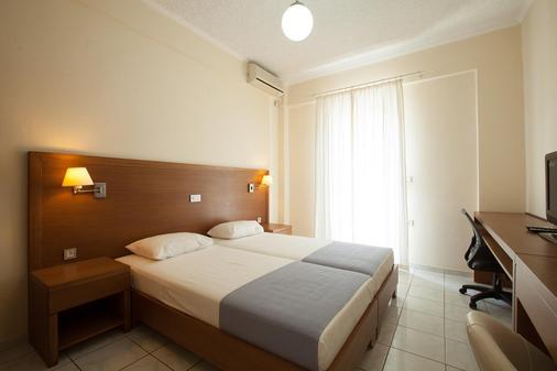 Giorgi's Blue Apartments - Kalathas - Bedroom