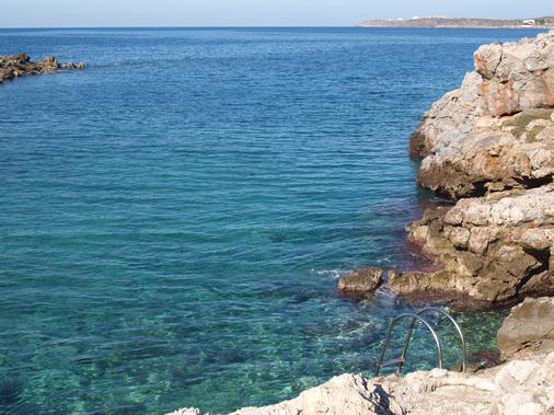 Giorgi's Blue Apartments - Kalathas - Beach