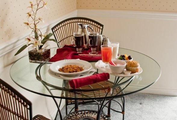 南湯普森酒店及會議中心 - 坎盧普斯 - 坎盧普斯 - 飲食