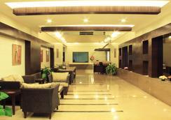 Crn Canary Sapphire - Thành phố Bangalore - Hành lang