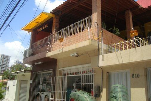 Albergue Piratas do Sol - Recife - Building