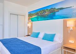 whala!beach - S'Arenal - Schlafzimmer