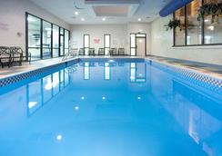 夏安麗笙酒店 - 夏安 - 夏延 - 游泳池