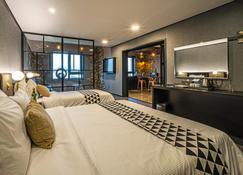 Embledon Hotel - Ansan - Room amenity