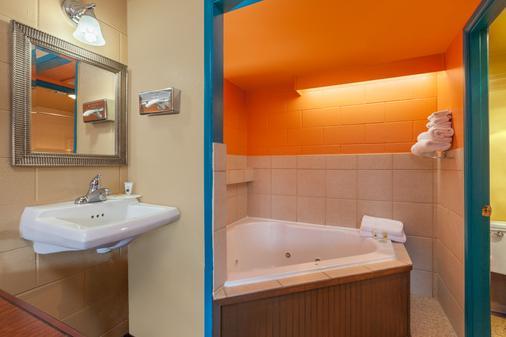 The Marigold Hotel - Pendleton - Kylpyhuone