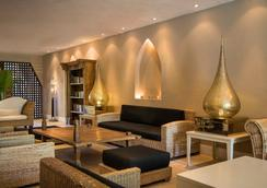 哈施塔酒店 - 圖倫 - 圖盧姆 - 休閒室