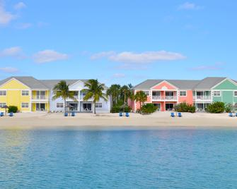 Sandyport Beach Resort - Nassau - Building