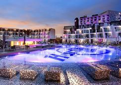 Hard Rock Hotel Ibiza - Sant Josep de sa Talaia - Pool