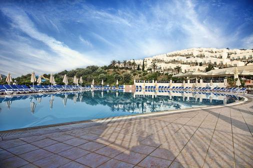 Yasmin Bodrum Resort - Bodrum - Building