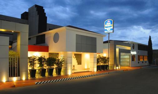 Best Western Plus Plaza Vizcaya - Durango - Κτίριο