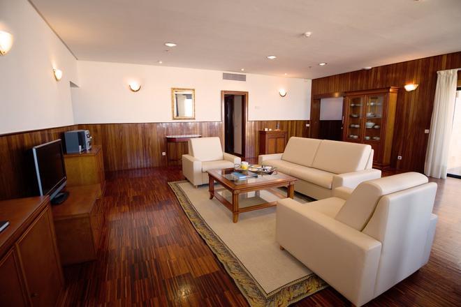聖克魯茲學校酒店 - 聖塔克魯茲提內 - 聖克魯斯-德特內里費 - 客廳