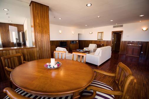 Hotel Escuela Santa Cruz - Santa Cruz de Tenerife - Dining room