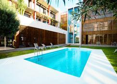 Hotel Escuela Santa Cruz - Santa Cruz de Tenerife - Pool