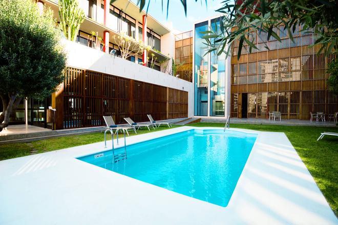 聖克魯茲學校酒店 - 聖塔克魯茲提內 - 聖克魯斯-德特內里費 - 游泳池
