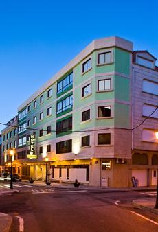 Hotel Maruxia - O Grove - Rakennus