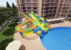 Prestige Hotel & Aquapark - Golden Sands - Pool