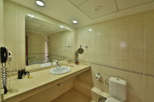 Prestige Hotel & Aquapark - Golden Sands - Bathroom