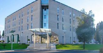City Hotel - Podgorica