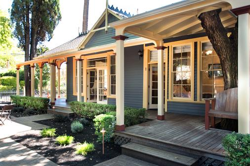 Brannan Cottage Inn - Calistoga - Building