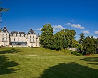 Château De Mirambeau - Mirambeau - Building