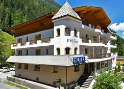 Hotel Enzian - See - Edificio