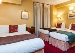 Castleton Hotel - London - Bedroom