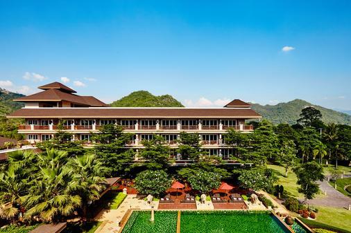 Romantic Resort and Spa - Mu Si - Building