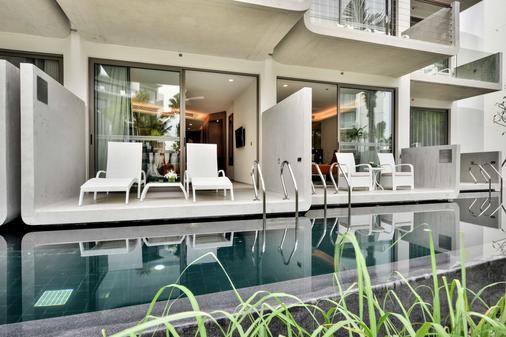Dream Phuket Hotel & Spa - Bãi biển Bang Tao - Ban công