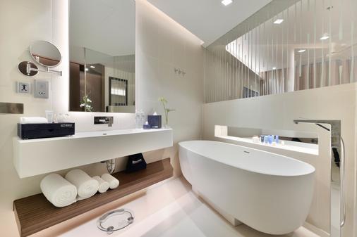 Dream Phuket Hotel & Spa - Bãi biển Bang Tao - Phòng tắm