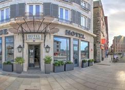 Hotel Cote Basque - Байон - Вход в отель