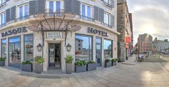 Hotel Cote Basque - Baiona - Entrada do hotel