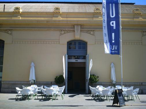 UP Station Hostel - Valencia - Rakennus