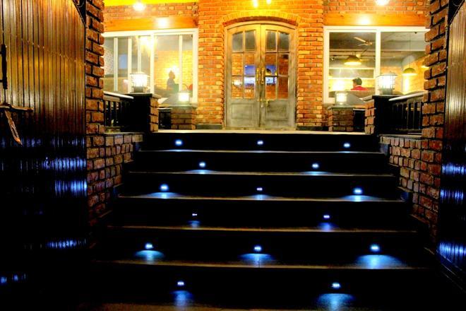 Nirvana Lodge & Lounge, Mussoorie - Mussoorie - Building