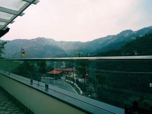 Nirvana Lodge & Lounge, Mussoorie - Mussoorie - Balcony