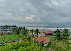 Baga Fantacia Beach Inn - Baga - Außenansicht