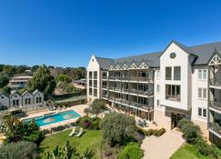 Portsea Village Resort - Portsea - Building