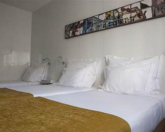 Hotel Costa Verde - Повуа-ді-Варзін - Bedroom