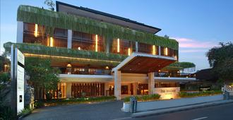 The Magani Hotel and Spa - Kuta - Building