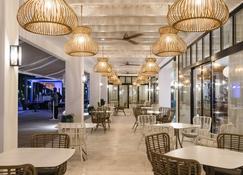 Hotel Fariones - Пуэрто-дель-Кармен - Патио
