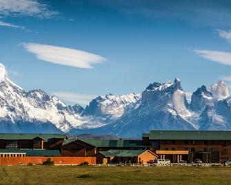 Rio Serrano Hotel + Spa - Torres del Paine - Gebäude