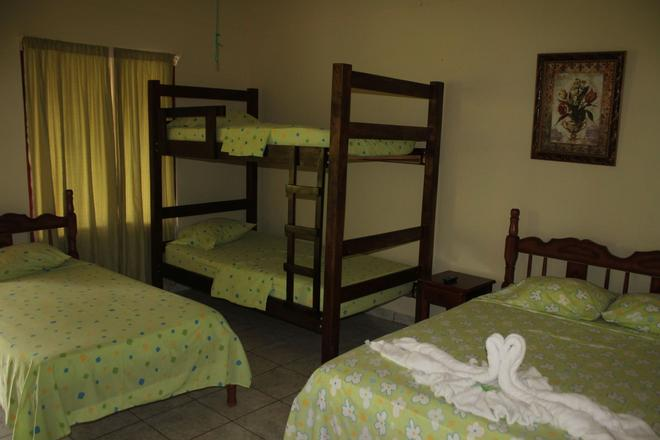 Loma Real Hotel & Hotsprings - La Fortuna - Bedroom